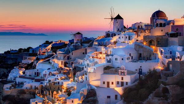 Santorini top 10 destinazioni under 30